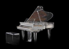 世界最大規模のデザインイベント『ミラノデザインウィーク2018』に初出展 </br>- クリスタルグランドピアノ、光と音の競演 -