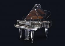 ピアノのある空間の豊かさを提供する </br>『クリスタルグランドピアノ』完全受注で5台限定発売